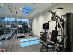 In home gym....I want one like this!!!