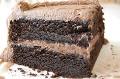 Nutella Fudge Cake - the BEST tasting, easiest chocolate cake + whipped Nutella & milk chocolate frosting