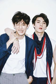 Find images and videos about kpop, exo and baekhyun on We Heart It - the app to get lost in what you love. Chanbaek, Kaisoo, Baekhyun, Park Chanyeol, Exo Exo, Exo Memes, K Pop, Exo Couple, Wattpad
