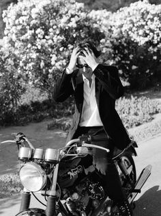 Keanu Reeves by Amanda de Cadenet