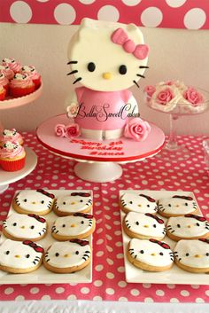 Cookies and cake at a Hello Kitty Party #hellokitty #party