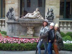 Trois belles dames!