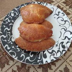 Τυροπιτάκια κουρού της πεθεράς Pancakes, French Toast, Food And Drink, Potatoes, Vegetables, Savoury Pies, Breakfast, Pastries, Gourmet