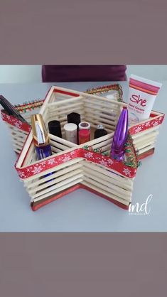 Organize your things the best way with these DIY wooden containers! By: crafts videos Upcycled Crafts, Diy Home Crafts, Craft Stick Crafts, Crafts To Sell, Paper Crafts, Diy Candles, Candle Jars, Candle Holders, Wooden Containers