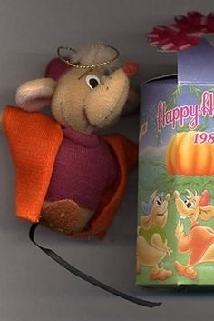 Cinderella's Jaq and Gus Plush Christmas Ornaments (1987) | The 25 Greatest Happy Meal Toys Of The '80s                                 I STILL HAVE JAQ AND GUS!!!!!