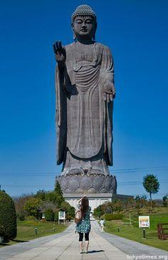 Ushiku Daibutsu, in Ibaraki Prefecture, Japan (The world's largest statue) (I used to be able to see this from my apartment) Ibaraki, Buddha Art, Giant Buddha, Buddha Statues, Angel Statues, Japon Tokyo, Amitabha Buddha, Statue Tattoo, Greek Statues
