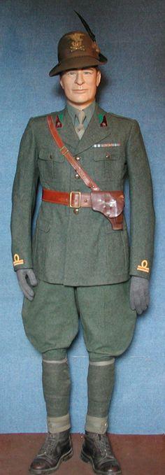 Alpini officer's uniform