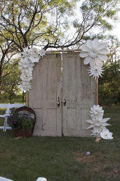 Amazing Paper flowers decor_Balushka.com