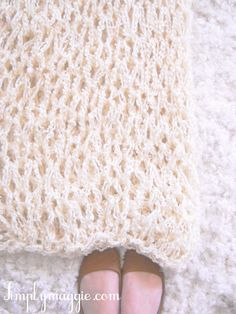 How to Arm Knit a Blanket in 1 hour