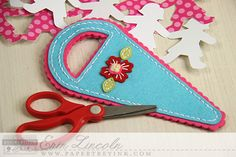 Floral Scissor Keeper by Erin Lincoln for Papertrey Ink (February 2015)
