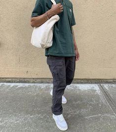 Chill Outfits, Retro Outfits, Boy Outfits, Stylish Mens Outfits, Casual Outfits, Black Men Street Fashion, Green Fashion, Men's Fashion, Indie Boy