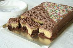 no - Finn noe godt å spise Cake Recipes, Dessert Recipes, Desserts, Sweet Corner, Norwegian Food, Pavlova, Let Them Eat Cake, I Love Food, No Bake Cake