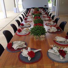 """Gente olha essa outra mesa! Imagine cheia de mulheres festa total! Comemorando a """"vida"""" e tudo de melhor nossassuper especiais @ilmara_ribeiro_milagres e @rosanaraidan"""