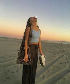 Mode Outfits, Fashion Outfits, Lila Baby, Insta Photo Ideas, Summer Aesthetic, Beach Aesthetic, Aesthetic Girl, Looks Vintage, Mode Inspiration