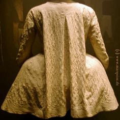 House jacket of quilted linen, 3rd quarter 18th Modemuseum Ludwigsburg.