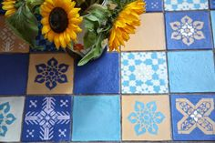 Janice Issitt Life Style Painters In Residence project. Moroccan bedroom, mandala, screen, bed and tiles all hand painted by Janice using Chalk Paint™decorative paint by Annie Sloan Moroccan Bedroom, Using Chalk Paint, Annie Sloan, Painters, Tiles, Mandala, Decorative Boxes, Hand Painted, Colours