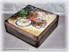 Discover thousands of images about Vintage decoupage box Decoupage Vintage, Decoupage Box, Vintage Crafts, Book Crafts, Diy And Crafts, Arts And Crafts, Decopatch Ideas, Apple Kitchen Decor, Nostalgic Art