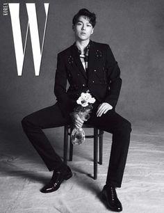Jang Ki Yong - W Magazine March Issue - Korean photoshoots Korean Photoshoot, Men Photoshoot, Korean Male Actors, Korean Celebrities, Celebs, Korean Star, Korean Men, Asian Boys, Asian Men