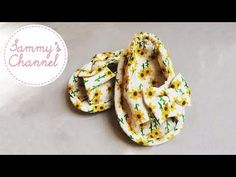 DIY - Sewing Sunflower Baby Sandal For Girls Tutorial Crochet Baby Sandals, Crochet Baby Booties, Crochet Hats, Newborn Hats, Owl Hat, Shoe Pattern, Baby Cover, Diaper Covers, Baby Cardigan