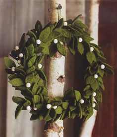 Modern Felt Mistletoe Holiday Wreath | Available from NOVA68.com Modern Design