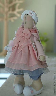 Купить Зайчишка Sonia (38 см) - зайка, интерьерная кукла, подарок для девочки, розово-серый
