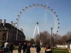 London Eye..