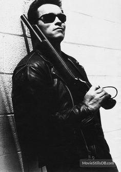 Terminator Judgment Day - Promo shot of Arnold Schwarzenegger Movie Shots, I Movie, King Kong, Arnold Schwarzenegger Bodybuilding, Arnold Bodybuilding, Man In Black, Terminator Movies, Best Action Movies, James Cameron