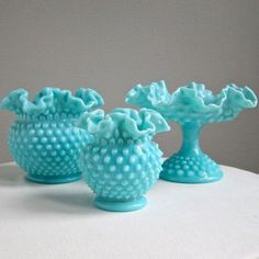 Vintage Turquoise Blue Milk Glass Footed Compote by Fenton, Hobnail Footed Bowl Aqua Fruit Bowl Centerpiece Fenton Milk Glass, Fenton Glassware, Milk Glass Vase, Antique Glassware, Glass Ceramic, Fenton Lamps, Porcelain Ceramic, Antique Lamps, Glass Bottle
