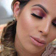 Reverse purple smokey eyes! Dark on the inner corner light on the outer, this…