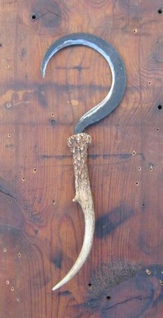 Witches boline - Show and Tell - Bladesmith's Forum Board Swords And Daggers, Knives And Swords, Zombie Apocalypse Weapons, Blacksmithing Knives, Cool Swords, Homemade Weapons, Weapon Of Mass Destruction, Blacksmith Projects, Weapon Concept Art