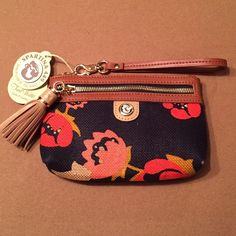 Spartina Wristlet Navy/Tan  Spartina Wristlet Navy/Tan stylish, cute and sturdy wristlet. Pack all your necessities in this gorgeous wristlet Spartina Bags Clutches & Wristlets