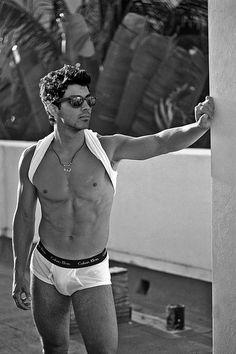 Joe Jonas.. in panties... nice