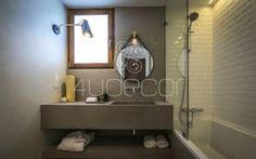 Casa de Banho em Microcimento in Somewhere Guest House Estoril