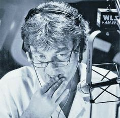 """Originally published Aug. 27, 1987 Larry Lujack doesn't want any long goodbyes when he retires tomorrow after 20 years in Chicago. In fact, the self-styled """"Superjock"""" of WLS-AM (890) would prefer no goodbyes at all. """"At Mr. Lujack's request, there will be no official or"""