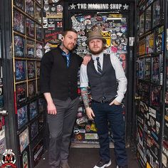 @TheBrentSmith and @ZMyersOfficial at The Machine Shop on the #SmithAndMyers Tour (Photo via The Machine Shop)   Barry Kerch Brent Smith Eric Bass Shinedown Shinedown Nation Shinedowns Nation Zach Myers