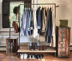"""""""VINTAGE STORAGE"""",free standing clothing-rack using vintage pipes"""",pinned by Ton van der Veer Ideas Para Organizar Ropa, Pipe Clothes Rack, Clothes Storage, Clothing Racks, Diy Clothes, Clothes Hanger, Clothes Rail, Hanging Clothes, Boutique Clothing"""