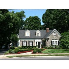 Always said this was my favorite house in Franklin...oh how I miss it there!