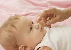 #Neurodermitis: Die DHA empfiehlt, Babies früh einzucremen!