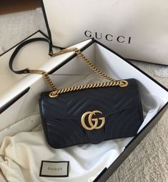 """Gucci bags now come in a number of sizes, shapes, colors, and designs. They are made and marketed throughout the world bearing the name """"Gucci"""" and a reputation for quality and design. Pink Gucci Purse, Vintage Gucci Purse, Gucci Purses, Gucci Handbags, Luxury Handbags, Purses And Handbags, Gucci Bags, Designer Handbags, Black Gucci Bag"""
