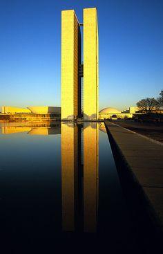 Oscar Niemeyer - Congresso Nacional - Brasilia  - Brasil