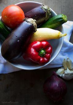Grilled Ratatouille Tartine | @tasteLUVnourish | #ratatouille #tartine #grilled #vegetables #vegan