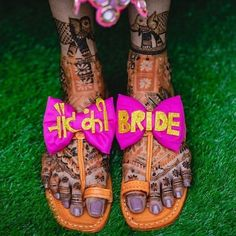Oh the cool mehendi footwear we are spotting these days! Brides are not afraid to go all out quirky, and we love it! Here are some brides who took things up a notch with their bridal mehendi footwear,. Desi Wedding Decor, Indian Wedding Decorations, Wedding Ideas, Wedding Prep, Wedding Bells, Wedding Planner, Bridal Outfits, Bridal Shoes, Bridal Footwear