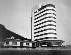 "functionmag: "" Colonia Fara Chiavari, Italy Camillo Nardi Greco, 1936 "" View this on the map Fascist Architecture, Bauhaus Architecture, Architecture 101, Futuristic Architecture, Vintage Architecture, Retro Futuristic, Balustrades, Streamline Moderne, Art Deco Buildings"