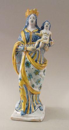 Vierge couronnée, faïence de Nevers début XVIIIe siècle