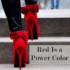 StudentenVacature.nl | Vrouwen opgelet! Draag rood en straal macht uit!