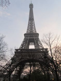 Eiffel tower, right before sundown
