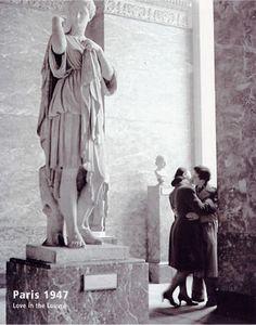 Paris, 1947 - Love in the Louvre