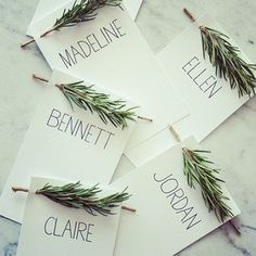 Think about how fresh your dining room is going to smell with these rosemary-adorned Thanksgiving invitations. Easy, but goes a long way. Via: bestdayevervan/Instagram