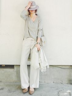 daily style from WEAR japan page(MT) Japan Fashion, Daily Fashion, Love Fashion, Spring Fashion, Womens Fashion, Fashion Pants, Fashion Outfits, Beige Outfit, Tokyo Street Style