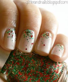 Glitter and Nails: Essie Waltz + China Glaze Party Hearty : paillettes + Noël + dégradé = Youhouuu